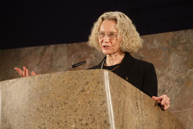 Preisverleihung IHP 2012, Laudatio von Carol Willis, Foto: Fritz Philipp